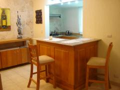 breakfast counter (1 bedroom unit)